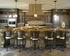 kitchen floor plans with island | ... Island With Five Chairs Cooking Hood Stove Traditional Tile Floors