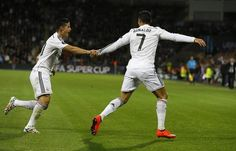 The bromance of James Rodriguez and Cristiano Ronaldo James Rodriguez, Real Madrid, Cristiano Ronaldo 7, Memes, Champions, Besties, Soccer, Football, Running