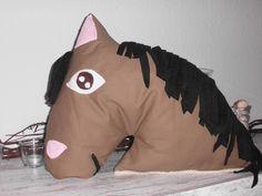 e-book Pferde-Kissen  Schnittmuster !! ook te verwerken in een kostuum ??