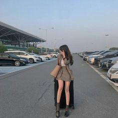 Find images and videos about girl, style and aesthetic on We Heart It - the app to get lost in what you love. K Fashion, Ulzzang Fashion, Korea Fashion, Asian Fashion, Cute Fashion, Fashion Outfits, Mode Ulzzang, Ulzzang Korean Girl, Uzzlang Girl