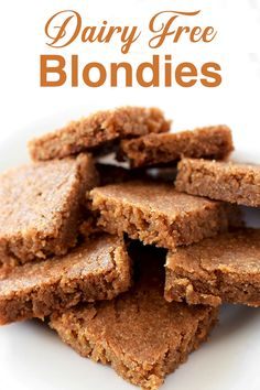 This easy blondie recipe makes for a great dairy free dessert. It's chewy and caramelly. perfect for fall or any time of year! Jewish Desserts, Jewish Recipes, Easy Desserts, Kosher Desserts, Kosher Recipes, Dairy Free Recipes Easy, Dairy Free Diet, Yummy Treats, Sweet Treats