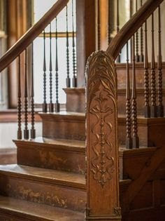 1901 Queen Anne In Covington Kentucky - Staircase - Architecture Staircase Architecture, Victorian Architecture, Staircase Design, Architecture Details, Victorian Design, Victorian Homes, Baroque, Covington Kentucky, Creative