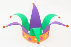 Jester Hat Craft and other Carnaval crafts for kids Mardi Gras crafts for kids Crazy Hat Day, Crazy Hats, Silly Hats, Carnival Crafts, Carnival Masks, Hat Crafts, Fun Crafts For Kids, Theme Carnaval, Royal Paper