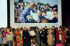 Malasia concede premio a toda una vida por la paz global a Nelson Mandela. Visite nuestra página y sea parte de nuestra conversación: http://www.namnewsnetwork.org/v3/spanish/index.php