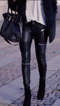 Black leather trouser with zips Fall Winter Outfits, Autumn Winter Fashion, White Fur Vest, Leather Jeans, Leather Jackets, Black Leather, Disco Pants, Teen Fashion, Womens Fashion