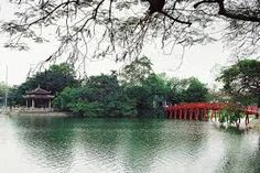 Hoan Kiem Lake is an integral part of Hanoi thousand years, it is like the heart of Hanoi in particular and Vietnam in general throughout the country. http://hanoicity.blogspot.com/2013/06/sword-lake-or-hoan-kiem-lake.html