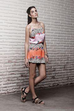Vestidos y monos verano 2015 Ayres. Casual Chic, Everyday Fashion, Strapless Dress, Summer Dresses, Clothes, Style, Spring Summer Trends, Spring Summer 2015, Short Summer Dresses