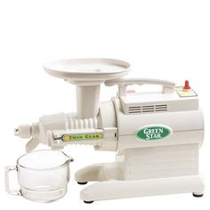 The Green Star GS Series has thee variants—GS-1000, GS-2000 & GS-3000. Here's an in-depth review of this multi purpose twin gear juice extractor.