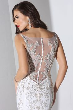 Style *12881* GINGER » Wedding Dresses » Fall 2014 Collection » by Cristiano Lucci (close up)