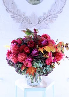 Our Mothers Day range is now up on the Flowers Vasette website Diy Flowers, Wedding Flowers, Flower Ideas, Amazing Flowers, Beautiful Flowers, Anniversary Flowers, Petal Pushers, Fresh Flower Delivery, Flower Centerpieces