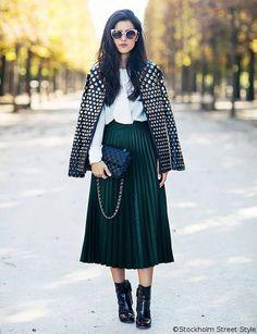 Large green skirt...elegant style