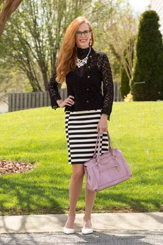 Turning Heads Linkup-Black and White with a Pop of Lavendar - Elegantly Dressed & Stylish - Over 40 Fashion Blog