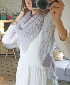 My shawl in angora Crochet Shawls And Wraps, Knitted Shawls, Dou Dou, Girls Sweaters, Crochet Yarn, Lana, Knitting, Blog, Point Mousse
