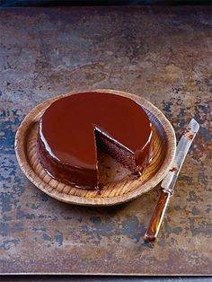 Chocolate almond cake from Paul Hollywood - great recipe. British Baking Show Recipes, British Bake Off Recipes, Great British Bake Off, Chocolate Almond Cake, Almond Cakes, Chocolate Cakes, Paul Hollywood, Mary Berry, Delicious Cake Recipes