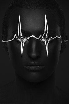 Weird Beauty Portraits | Abduzeedo | Graphic Design Inspiration and Photoshop Tutorials