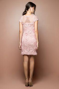 Vestido Crochet Twiggy Pêssego - Vanessa Montoro - vanessamontoro