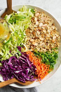 Ramen Noodle Salad Ramen Cabbage Salad, Ramen Noodle Salad, Ramen Noodles, Avocado Recipes, Salad Recipes, Snacks Recipes, Cabbage And Sausage, Carlsbad Cravings, Gourmet