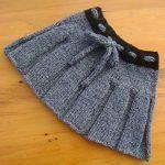 New Ideas Knitting Baby Dress Pattern Crochet Girls Knitting Baby Girl, Knitting For Kids, Baby Knitting Patterns, Hand Knitting, Crochet Patterns, Baby Girl Skirts, Baby Skirt, Baby Dresses, Knit Baby Sweaters