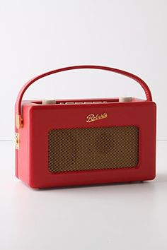 Roberts Revival Radio: Loving this retro radio and Anthropologie's electronic section.