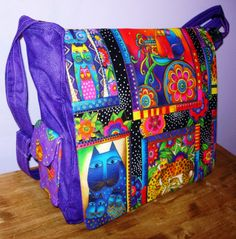 Laurel Burch Fabric   ♥ this homemade bag made with the feline print