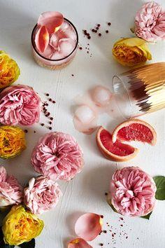 fleurs du friday: peppered rose cocktail