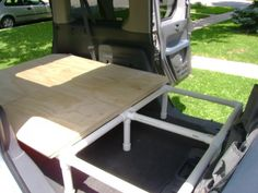 pookSter& Bed for the Element (with pics) - Page 16 - Honda Element Owners Club Forum Minivan Camping, Truck Camping, Camping Hacks, Rubbermaid Tubs, Honda Element Camping, Car Camper, Camper Van, Foam Flooring, Car Storage
