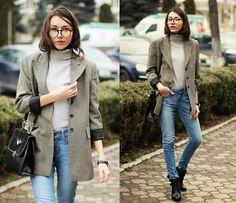Blazer, Turtleneck, Jeans, Bag, Boots