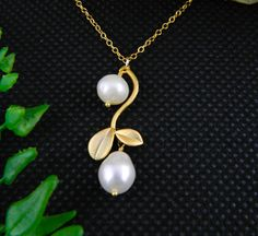Leaf Necklace Pearl Necklace Mothers Necklace by DanglingJewelry