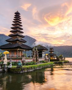 Travel Around The World, Around The Worlds, Places To Travel, Places To Go, Bali Sunset, Station Balnéaire, Kuta, Bali Travel, Travel Tours