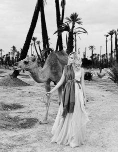 Denise Boomkens  elegance_magazine_desert_02.jpg