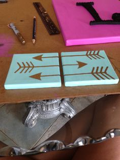 Cute little mini canvas #arrow #design #tiffanyblue #gold