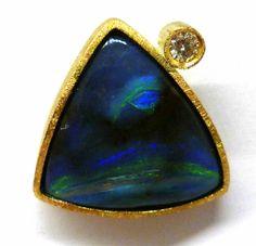 Penjoll or groc amb opal boulder i brillant encarregat per en Xavier Molas