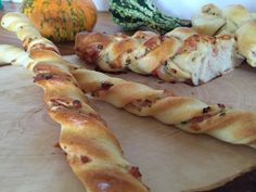 Pizza Snacks, Snacks Für Party, Sausage, Side Dishes, Bakery, Food And Drink, Veggies, Appetizers, Sweets