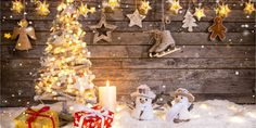 One of the best 40 Christmas backdrops photography ideas in Chiefbackdrop. Big sale off 10 %. Cheapest Christmas Backdrops photography in Discount code: 5 categories and 120 images for your choice. Find Black Friday Code for big sale. Christmas Tree With Gifts, Christmas Photos, Christmas Lights, Christmas Backdrops For Photography, Photography Ideas, Christmas Party Backdrop, Party Kulissen, Wall Backdrops, Custom Backdrops