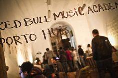 De 5 a 11 de Março, a 2ª edição da Red Bull Music Academy Porto Hub 2012 enche a cidade de música. O P3 analisou o cartaz e fez uma selecção dos melhores momentos