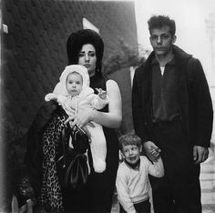 Diane Arbus (March 14, 1923 – July 26, 1971) was an American photographer and writer noted for black-and-white square photographs of people in the margins.