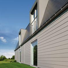 Dakkapel met naar binnen opendraaiende ramen + balustrade (terras)
