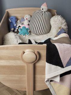little minimalist: LULU CRADLE #graylabel #kids #cradle #kidsroom