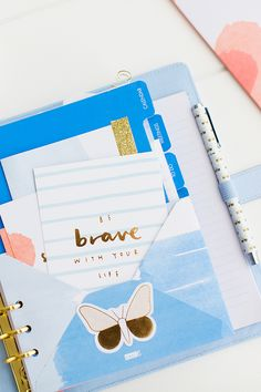 Organisation Tip: Adding an envelope to the front of your Planner is a great way to store little notes and quote cards