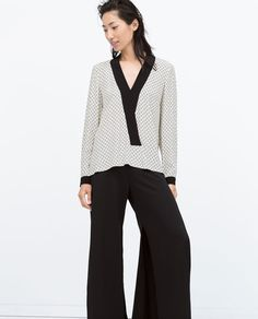 Image 1 of PRINTED KIMONO BLOUSE WITH CONTRAST COLLAR from Zara