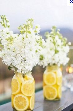 Lemon/Flower centerpieces...genius!