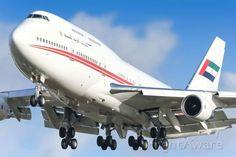 DUB Boeing 747-200 (A6-HRM)