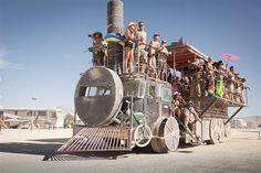 Image: The party train (© Scott London, http://www.scottlondon.com/burningman)