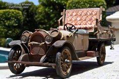 Beverly Hillbillies car. 1921 Olds Roadster