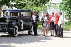Enjoying our Nash Antique Cars, Events, Antiques, Tops, Romans, Vintage Cars, Antiquities, Antique, Old Stuff