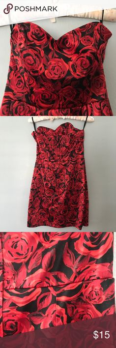 ✨ Rose Print Holiday Dress ✨ Worn a couple of times. The material is a little fuzzy from being in storage, but it's a perfect mini dress to wear with black tights for a holiday party! Charlotte Russe Dresses