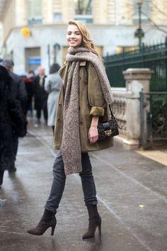 Model-Off-Duty: Sasha Luss   Chunky Scarf + Slouchy Trench In Paris via Le Fashion
