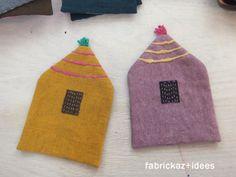 handmade*zakka | fabrickaz+idees Diy Coasters, Potholders, Little Houses, Handicraft, Sewing Projects, Textiles, Stitch, Inspiration, Fabric