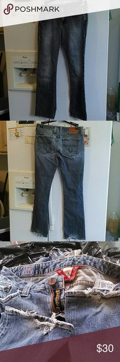"""Lucky brand  Lola boot jeans size 4 Lucky brand size 4 Lola boot jeans  Made in USA waist 27"""" Length 34"""" Inseam 39""""  96% cotton 4% lyrica rugged bottom leg Very good used condition Lucky Brand Jeans Straight Leg"""