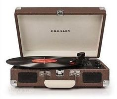 Crosley-CR8005A-TW-Cruiser-3-Speed-Portable-Turntable-Record-Player-Tweed-Brown